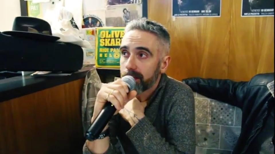 Videointervista a Videointervista a Massimo Francescon_cantautore trevigianoMassimo Francescon_artisti contemporanei